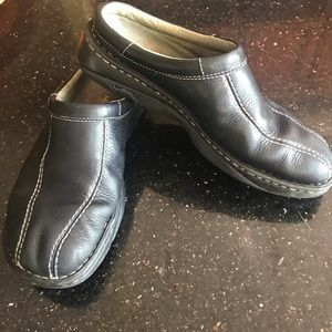 Merrell Air Cushion black slide loafers men's 10